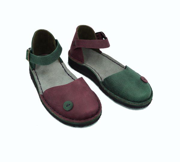 closed toe handmde leather sandals